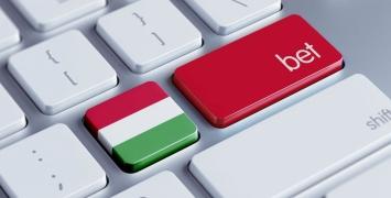 könnyű bitcoinok bevétel az interneten a bináris opciók áttekintésén